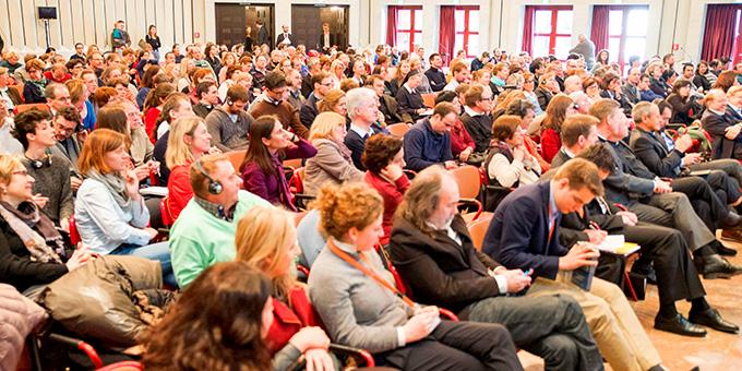 Publikum im Maternushaus, Köln, beim Rhein-Meeing 2015  (Foto: Otterbach)
