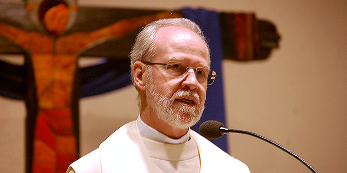 Predigt: Pater Antonio Bracht (Foto: Brehm)