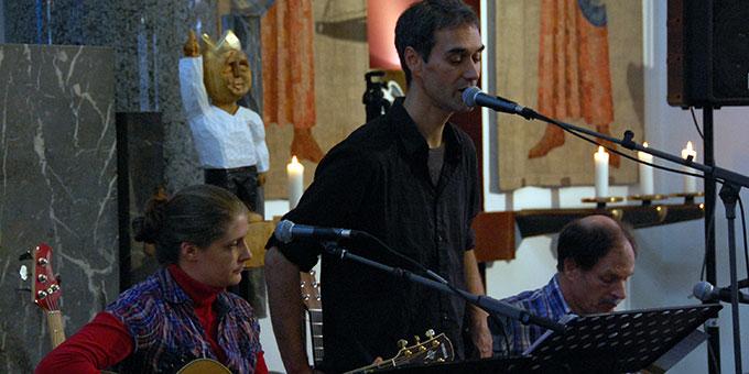 Caroline Ankenbauer, Amin Jan Sayed und Wilfried Röhrig sorgten für gute Musik  (Foto: Brehm)