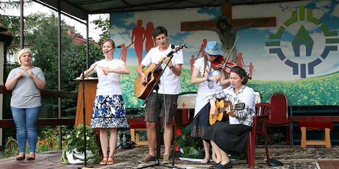 Vorprogramm zum Gottesdienst (Foto: Bersch)