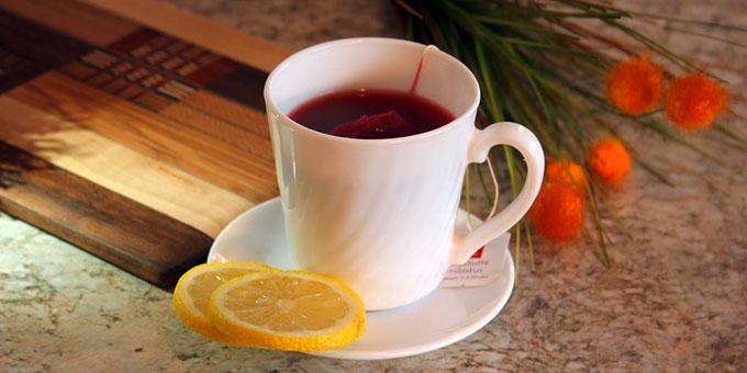 Lebenselexir und Gnadenenergiepipeline Roter Tee (Foto: MiraDeShazer)