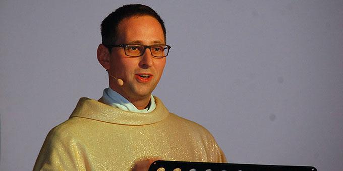 Hauptzelebrant und Prediger: Kaplan Frank Blumers, Mainz (Foto: Brehm)