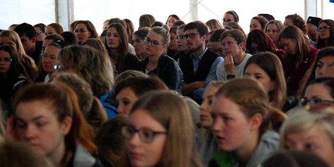 Interessierte Zuhörerinnen und Zuhörer (Foto: Brehm)