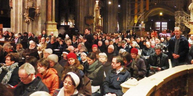 Ökumenisches Gebet im Stephansdom in Wien (Foto: MfE)