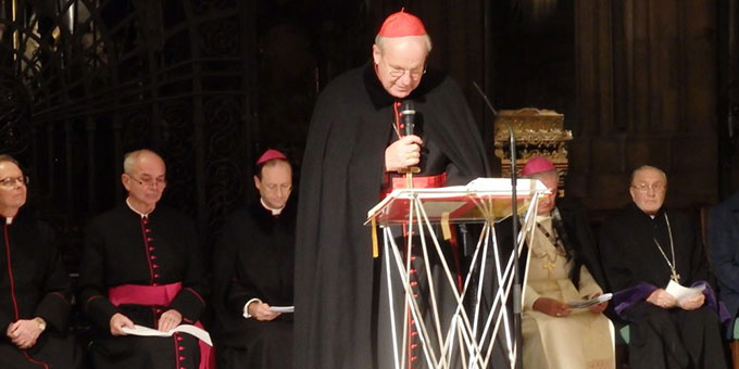 Kardinal Christoph Schönborn beim ökumenischen Gebet im Stephansdom in Wien (Foto: MfE)