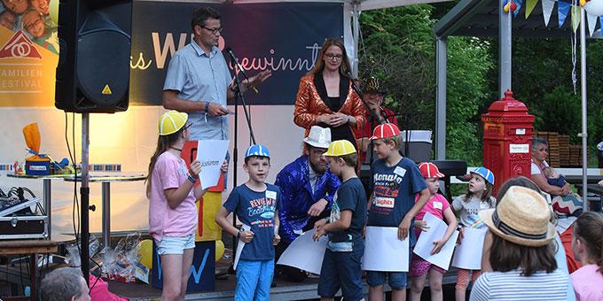 Family Edition beim Pilgerhaus, Spiele, Spaß und Kunst und anschließend Stockbrotgrillen (Foto: Kröper)