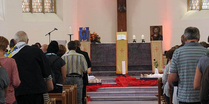 Altarraumgestaltung bei der ökumenischen Marienfeier des Katholikentages in Münster (Foto: McClay)