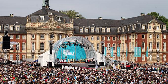 Eucharistiefeier zum Hochfest Christi Himmelfahrt beim Katholikentag in Münster (Foto: katholikentag.de Benedikt Plesker)