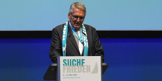 ZK-Präsident Thomas Sternberg begrüßt die Teilnehmer (Foto: McClay)