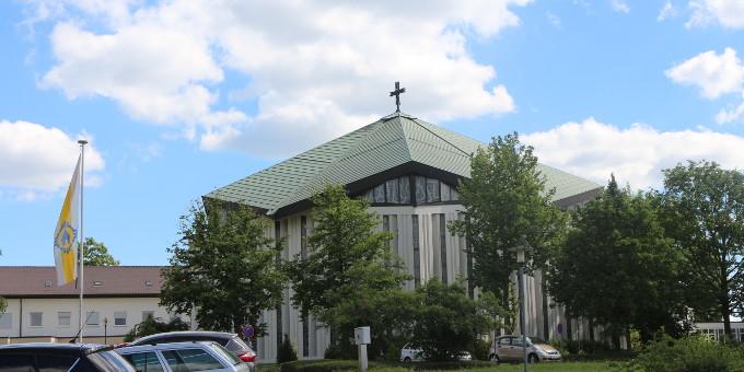 Die Krönungskirche im Schönstatt-Zentrum Liebfrauenhöhe (Foto: Jung)