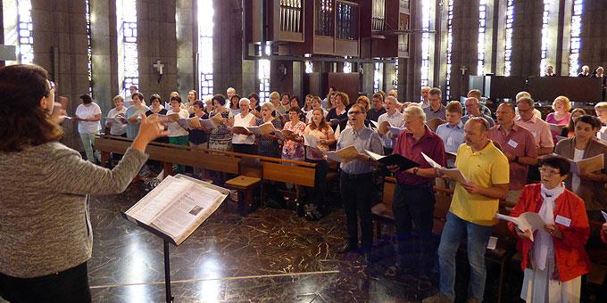 Viele Stunden Chorprobe (Foto: Meinert)