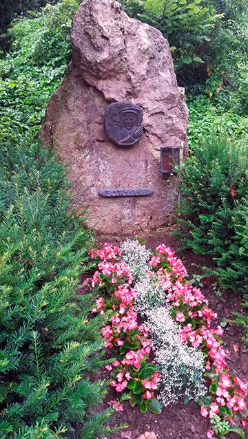 Der Gedenkstein an der Abschiedsstelle (Foto: Reinert)