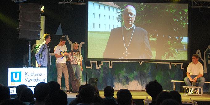 Der Trierer Bischof Stephan Ackermann sprach ein Grußwort, das per Video eingespielt wurde (Foto: Brehm)