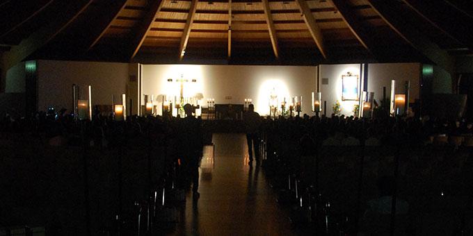 Abendlob in der Pilgerkirche - Ein Ort zum ruhig werden (Foto: Brehm)