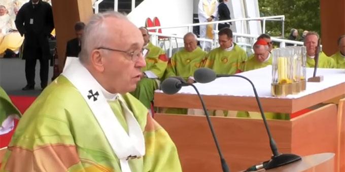 Predigt: Papst Franziskus im Phoenix Park (Foto: Vatican News, Videoausschnitt)