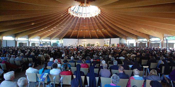 Feierlicher Gottesdienst mit Kardinal Marx zum Gedenken an den or 50 Jahren verstorbenen Gründer Schönstatts, Pater Josef Kentenich (Foto: Brehm)