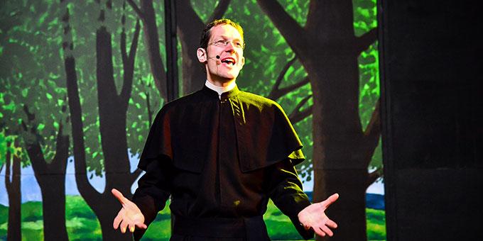 Mathias Gall ist der Hauptdarsteller. Es gelingt ihm gut, Franz Reinisch mit allen Schattierungen seiner Persönlichkeit und das Ringen um seine Gewissensentscheidung zum Ausdruck zu bringen (Foto: Timo Michael Kessler)
