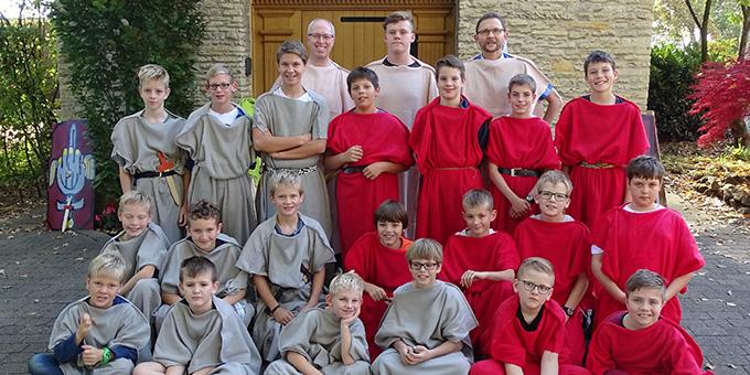 Legionäre in ihrer Toga beim Jungenwochenende der Schönstatt-Familienbewegung im Bistum Münster (Foto: Imwalle)