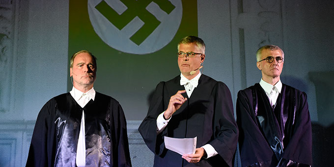 Musical-Szene: Verurteilung zum Tod (Foto: Kröper)