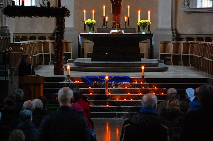 Gebetszeit in der St. Stephan-Kirche (Foto: Brehm)