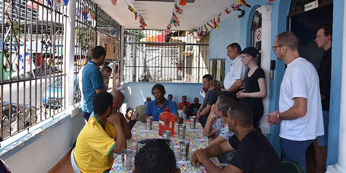 Besuch in einem Projekt der Hilfe für Drogenabhängige (Foto: Cyganik)