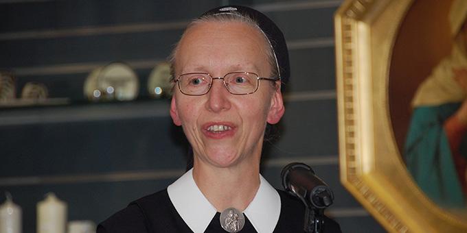 Schw. M. Anja Wehr, Leiterin der Buchhandlung (Foto: Brehm)