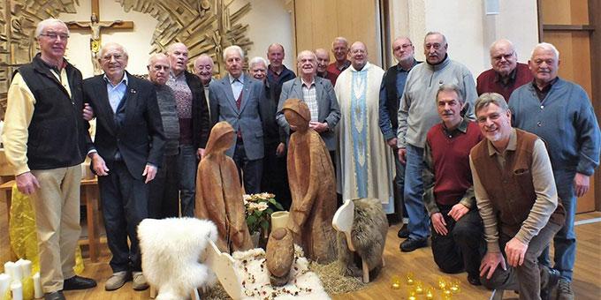 Gruppenbild in der Hauskapelle (Foto: M. Schemel)