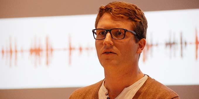 """Lukas Jall stellt die Initiative """"Junge Erwachsene Schönstatts"""" (JES) vor (Foto: Brehm)"""