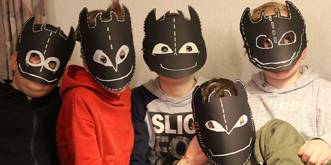 Maskenbildner unter sich (Foto: A. Imwalle)