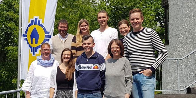 """Teilnehmer und Team des Zertifikatskurses """"Dem Leben Richtung geben - Kentenichpädagogik für Schulklasse"""" (Foto: Schulze)"""