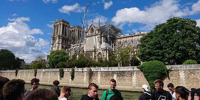 Ein Abstecher der Fahrt führt nach Paris, u.a. zur Kathedrale Notre Dame (Foto: Frank Blumers)