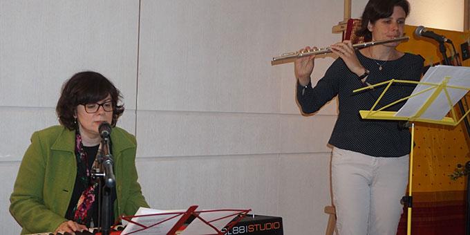 Gut eingespielt die beiden Künstlerinnen in Aktion (Foto: Wolfgang Fella)
