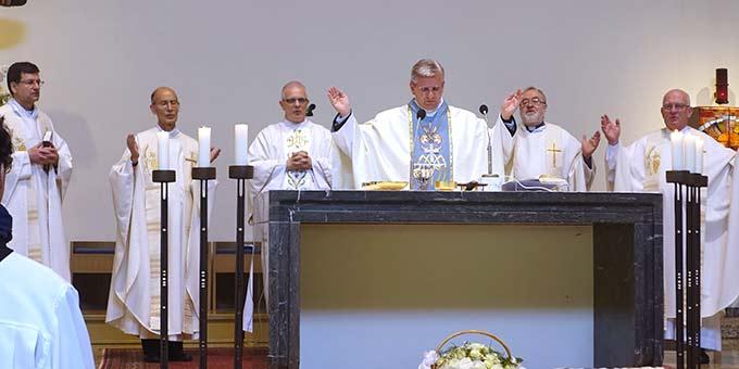 Festgottesdienst mit Weihbischof Dr. Dominikus Schwaderlapp, Köln (Foto: Pilgerzentrale)