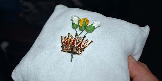 Auf 21 Pilgerheiligtümern erhielt die Gottesmutter Maria eine solche Krone (Foto: Pilgerzentrale)