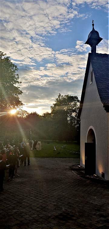 Abendstimmung am Schönstatt-Heiligtum in München (Foto: Johannes Oelighoff)