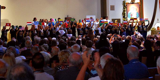 Das Hörde-Treffen hat in großer internationaler Vielfalt begonnen (Foto: Brehm)