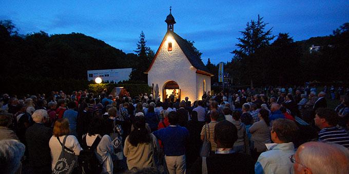 Tagesabschluss am Urheiligtum: Abendsegen (Foto: Brehm)