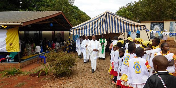 25 Jahre Schönstatt in Kenya und 40 Jahre Priester Dr. Joseph Kariuki Kamau  (Foto: Förster)