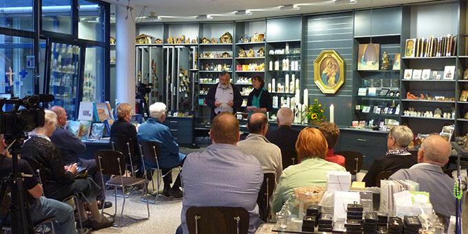 Ein interessiertes Publikum (Foto: schoenstatt-tv)