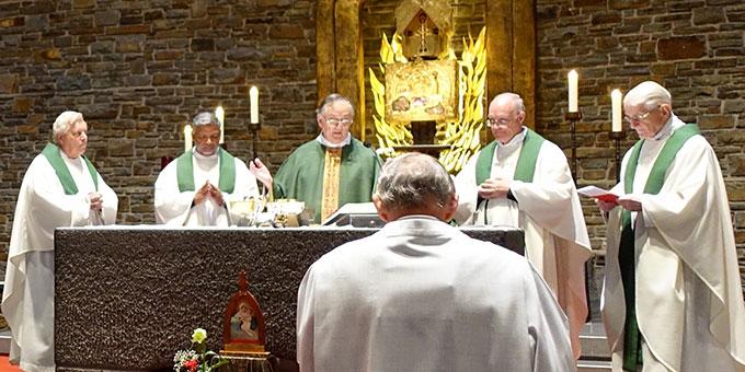 Pater Eduardo Aguirre, Postulator im Seligsprechungsprozess Pater Josef Kentenich war Hauptzelebrant des Gedenkgottesdienstes  (Foto: Sr. Marita Zell)
