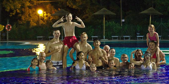 Das Freizeit- und Spass-Programm im und außerhalb des Wassers ist einfach toll (Foto: Wittmann)