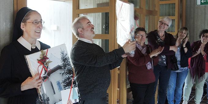 Schwester M. Caja Bernhard und Pater Michael Czysch begleiten die Gemeinschaft der Schönstattbewegung Frauen und Mütter (Foto: Zürrlein)