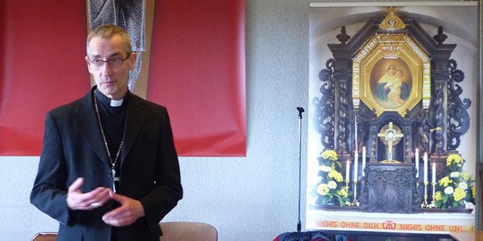 Der Erzbischof von Cambrai spricht in sehr persönlichen Worten über Josef Engling und darüber, wie er selbst Schönstatt kennen gelernt hat (Foto: Dorothée Quennesson)
