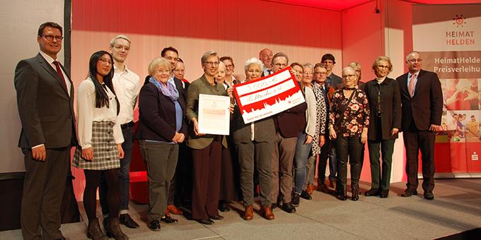 Die Vertreterinnen und Vertreter des Lichtzeichen e.V. bei der Preisübergabe (Foto: Brehm)