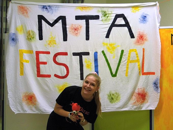 Was ist wohl ein MTA-Festival? (Foto: Imwalle)