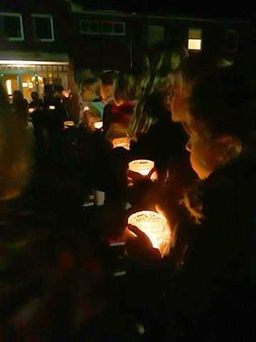 Lichterprozession zur Liebesbündnisnacht (Foto: Imwalle)