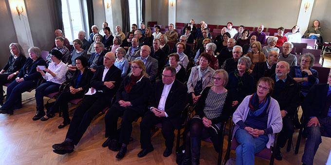 Eine große Zahl interessierter Personen kamen zur Matinee (Foto: Klaus Kröper)