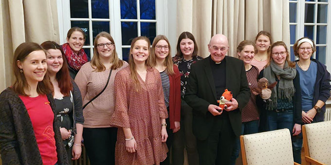 Vertreterinnen der SchönstattMJF Münster beim Treffen mit Bischof Dr. Felix Genn, Münster (Foto: Marina Vehlken)