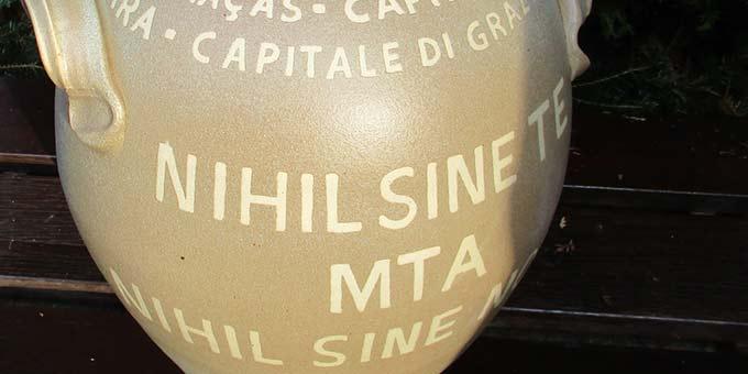"""""""Nihil sine te, MTA, nihil sine nobis"""" - """"Nichts ohne Dich, nichts ohne uns"""" (Foto: Weweler)"""