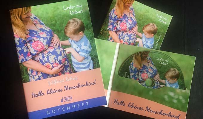 """Zur CD """"Hallo, kleines Menschenkind - Lieder zur Geburt"""" kann auch ein Notenheft erworben werden (Foto: rigma-Verlag)"""